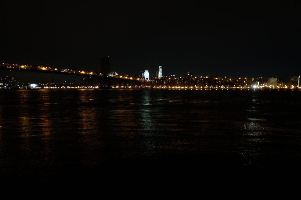 That's the Manhattan bridge, right? (Location: Williamsburg)
