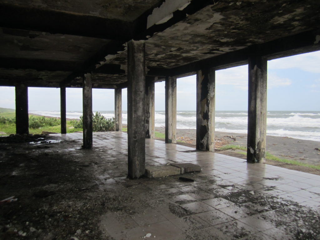 Stopping by a ruin  at the beach